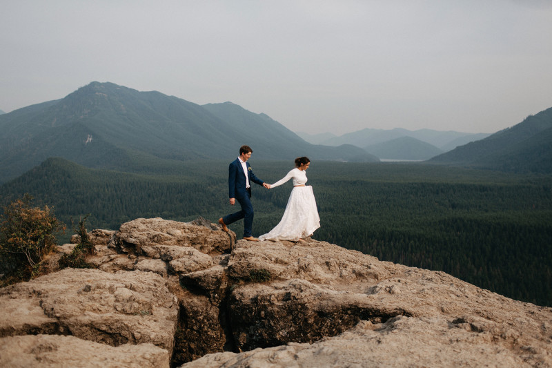 Rattlesnake Ridge Wedding // Daniel + Sadie